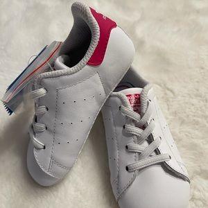NWT Infant size 5 adidas crib shoe